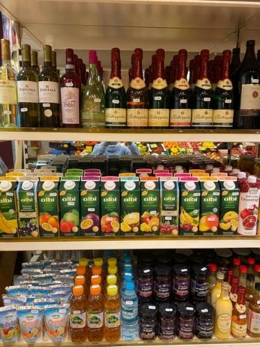 Alkohol und Saft im Geschäft in Eberswalde